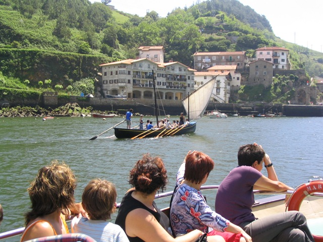 Guided tour Bay of Pasaia